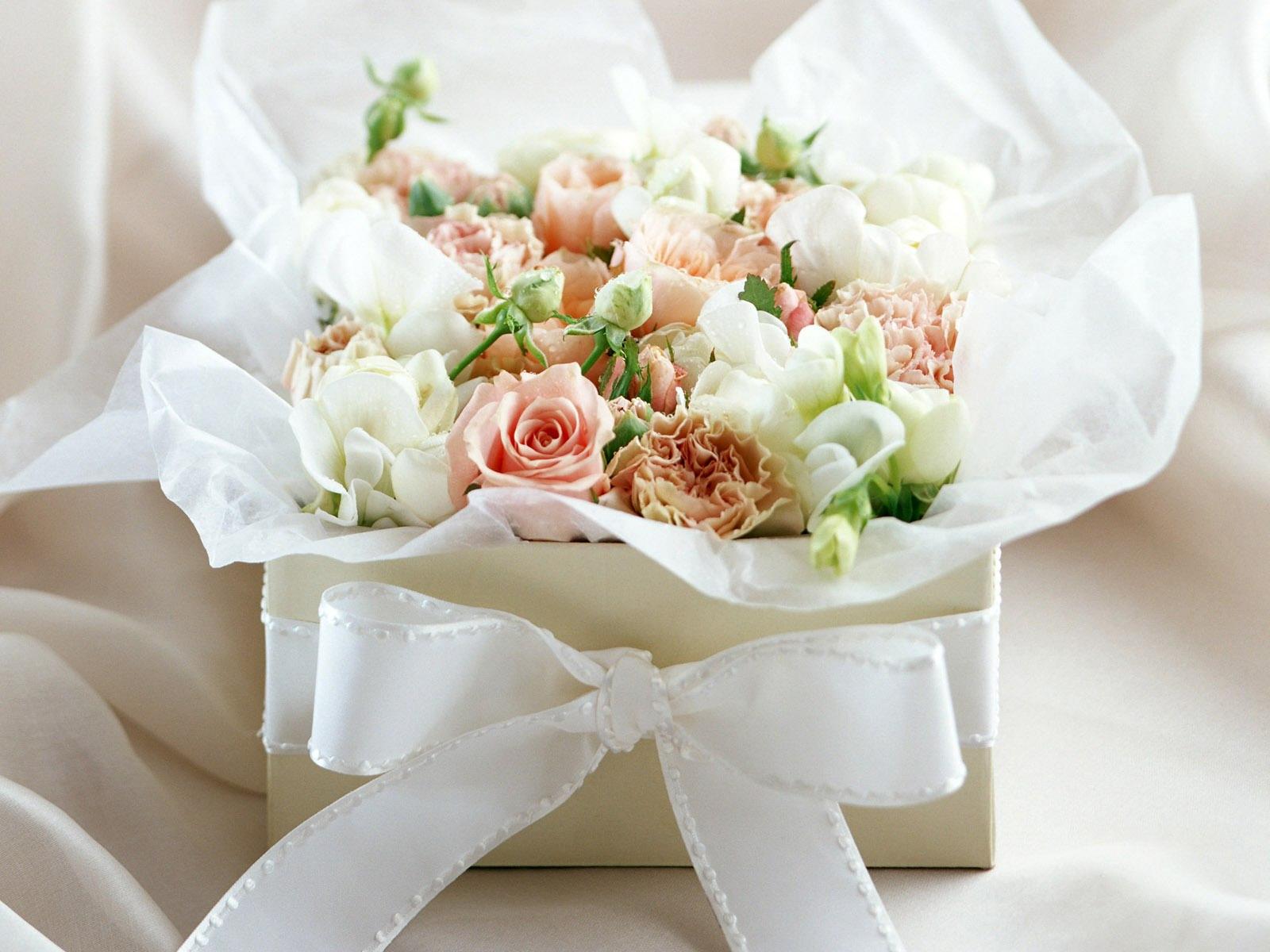About Flowers Design School